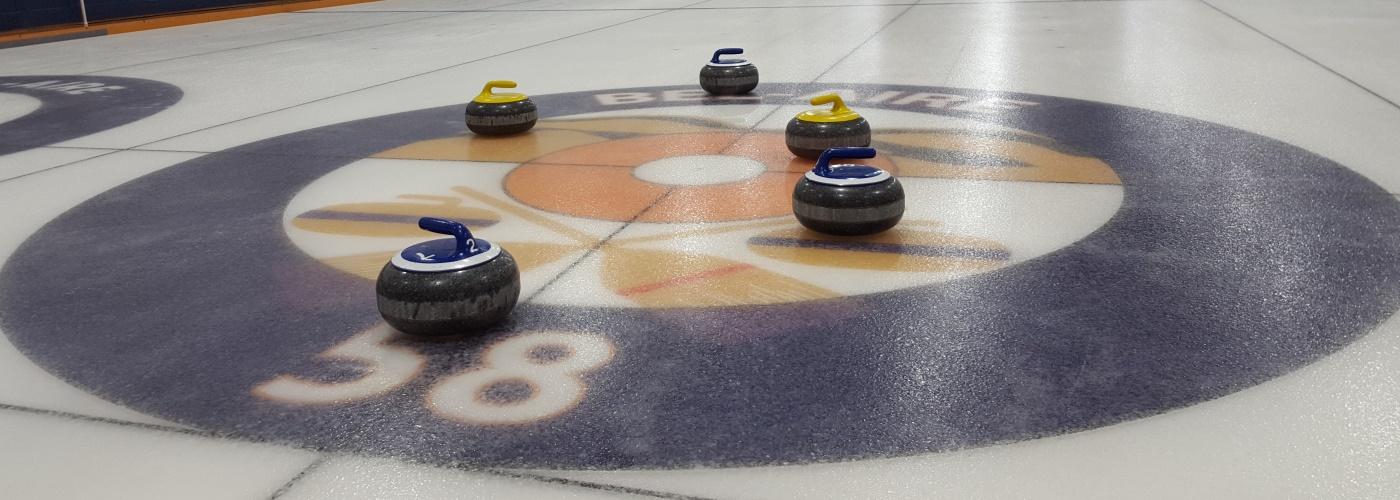 Venez jouer au curling !